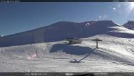"Archiv Foto Webcam Fassatal - Moena - Ankunft des Sessellifts ""Piavac"" 10:00"