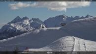 """Archiv Foto Webcam Fassatal - Moena - Ankunft des Sessellifts """"Campo de Cune"""" 08:00"""
