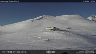 """Archived image Webcam """"Piavac"""" chairlift 02:00"""