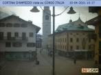 Archived image Webcam Cortina d'Ampezzo: Pedestrian zone 04:00