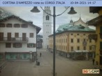 Archived image Webcam Cortina d'Ampezzo: Pedestrian zone 08:00