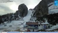 """Archiv Foto Webcam Cortina d'Ampezzo: Berghütte """"Duca d'Aosta"""" und Weltcup-Piste Olympia 10:00"""