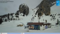 Archived image Webcam Cortina d'Ampezzo: World Cup slope from Rifugio Duca d'Aosta 02:00