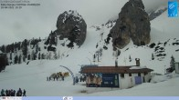 Archived image Webcam Cortina d'Ampezzo: World Cup slope from Rifugio Duca d'Aosta 04:00