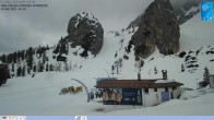 Archived image Webcam Cortina d'Ampezzo: World Cup slope from Rifugio Duca d'Aosta 08:00