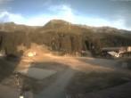 Archived image Webcam Pipay base station (1550 m) 14:00