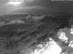 Archived image Webcam Zugspitzgipfel: view to Zugspitzplatt 18:00