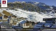 Archiv Foto Webcam Hotel Arlberghaus in Zürs mit Blick auf den Weltcuphang 06:00