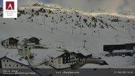 Archiv Foto Webcam Hotel Arlberghaus in Zürs mit Blick auf den Weltcuphang 10:00