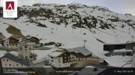 Archiv Foto Webcam Hotel Arlberghaus in Zürs mit Blick auf den Weltcuphang 00:00