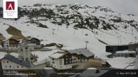 Archiv Foto Webcam Hotel Arlberghaus in Zürs mit Blick auf den Weltcuphang 02:00