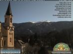 Archiv Foto Webcam Pfarrkirche Bruneck 08:00
