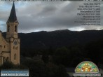 Archiv Foto Webcam Pfarrkirche Bruneck 12:00