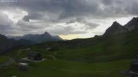 Archiv Foto Webcam Jägeralpe: Blick Biberkopf und Wartherhorn 14:00