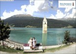 Archived image Webcam The Church Tower in the Lake Resia 04:00