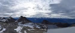 Archiv Foto Webcam Crans Montana: Bergstation Plaine Morte 04:00