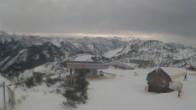 Archiv Foto Webcam Blick vom Feuerkogelhaus auf das Skigebiet 04:00