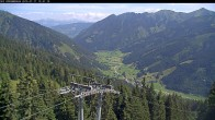 Archiv Foto Webcam Bergstation Riesnerbahn: Blick ins Tal 04:00