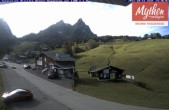 Archived image Webcam base station ski resort Brunni-Haggenegg 08:00