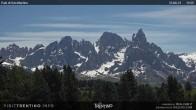 """Archived image Webcam """"Pale di San Martino"""", Alpe di Lusia Moena 06:00"""