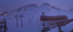Archiv Foto Webcam Les Arcs - Bergstation Sessellift Arcabulle 00:00