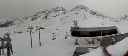Archiv Foto Webcam Les Arcs - Bergstation Sessellift Arcabulle 04:00