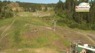 Archived image Webcam View of the base including the Northstar Express Quad and magic carpet and beginner area 01:00