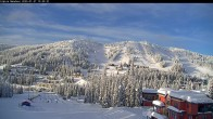 Archived image Webcam Silver Queen Slope and chair lift 10:00