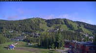 Archived image Webcam Silver Queen Slope and chair lift 01:00