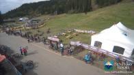 Archived image Webcam Village Day Lodge - Sun Peaks 07:00