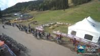 Archived image Webcam Village Day Lodge - Sun Peaks 09:00
