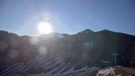 Archived image Webcam Arapahoe Basin: View Snow Plume Refuge 00:00