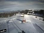 Archiv Foto Webcam Blick auf die Bergstation Lischboden im Skigebiet Rüschegg 08:00