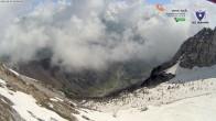 Archiv Foto Webcam Schutzhütte Albani (1.939 Meter) 04:00