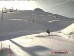 Archived image Webcam San Domenico - Top station of chairlift Bondolero 04:00