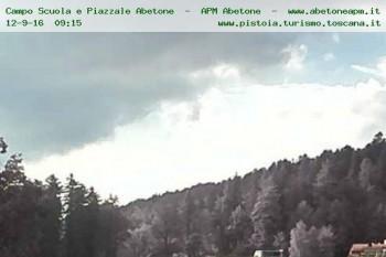 Webcam Abetone Skischool 1429 M Lucca Livecam Live Stream