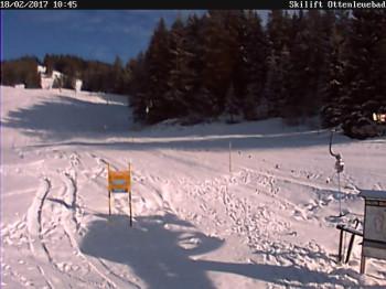 Blick auf den Skilift Ottenleuenbad im Naturpark Gantrisch