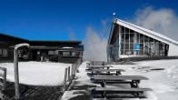 Blick auf die Bergstation der Gondelbahn im Skigebiet La Grave