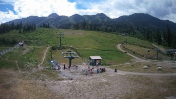 Blick auf die Catamount Talstation, Kicking Horse Ski Resort