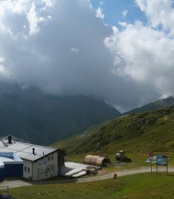 Blick von der Tanatzhöhi im Skigebiet Splügen