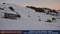 Falls Creek: Talstation Scott Chair