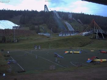 Piste und Skisprungschanzen