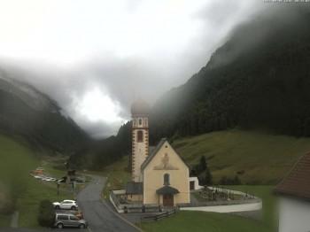 Vent - Blick zur Kirche und den Stubaier Alpen