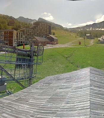 View Isola 2000