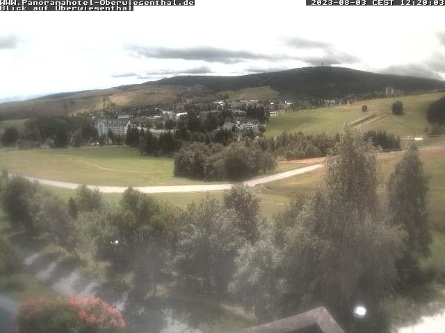 Blick auf das Panoramahotel Oberwiesenthal